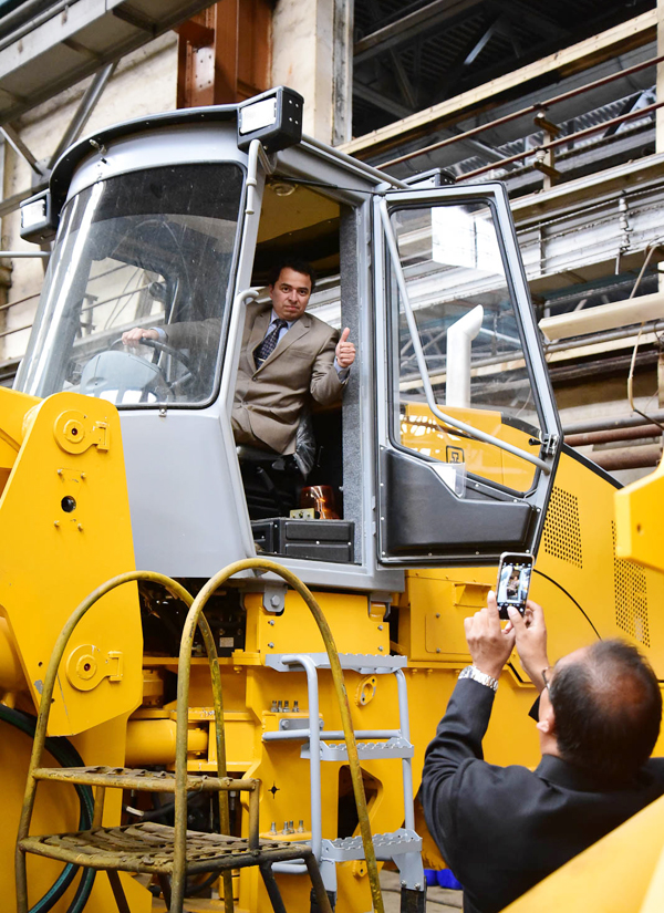 "Chelyabinsk tractor plant signed an agreement to ship PK-55 wheel loader to Peru. The agreement is signed with company Vostok-Sur  Export-Import, which nowadays represents ChTZ products in the South-American country. This is going to the first ChTZ shipment to the Inca country since the USSR. After the machine is assembled on ChTZ, it will be prepared for the long trip, necessarily conservated and shipped to the client across the Atlantic. Once the wheel loader arrives at destination, dealer holds a huge presentation of his partner – ChTZ – and it's products, inviting to the show is business representatives, local officials and media. A test drive is planned to show ""live"" its high technical performance. The wheel loader also will be used as an education material for servicemen – specialists that will provide service maintenance for Chelyabinsk equipment. According to plans to boost sales Peru partner made an agreement with Senati company that has access to multiple technical educational institutions. These institutions prepare qualified engineers for different local companies, including construction and mining ones. The agreement, signed between Vostok-Sur  Export-Import and a college in Piura, says that students will practice their service skills and ChTZ peculiarities on actual ChTZ equipment, so the dealer prepares potential employees for himself and for other companies that will use ChTZ equipment. The first loader will be sold to one of mining firms in Peru only after it fulfills its presentational and educational mission. ChTZ wheel loader will do what it's meant to do – move ground and rock. The loader is going to be shipped in January. Press-service of ChTZ-URALTRAC Ltd."